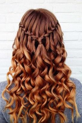 Cute Christmas Braided Hairstyles Ideas25