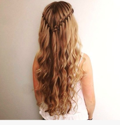 Latest Winter Hairstyle Ideas06