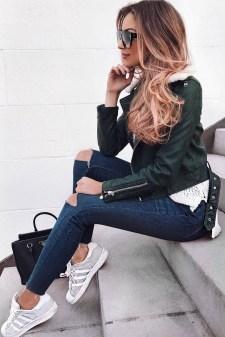 Latest Winter Hairstyle Ideas16