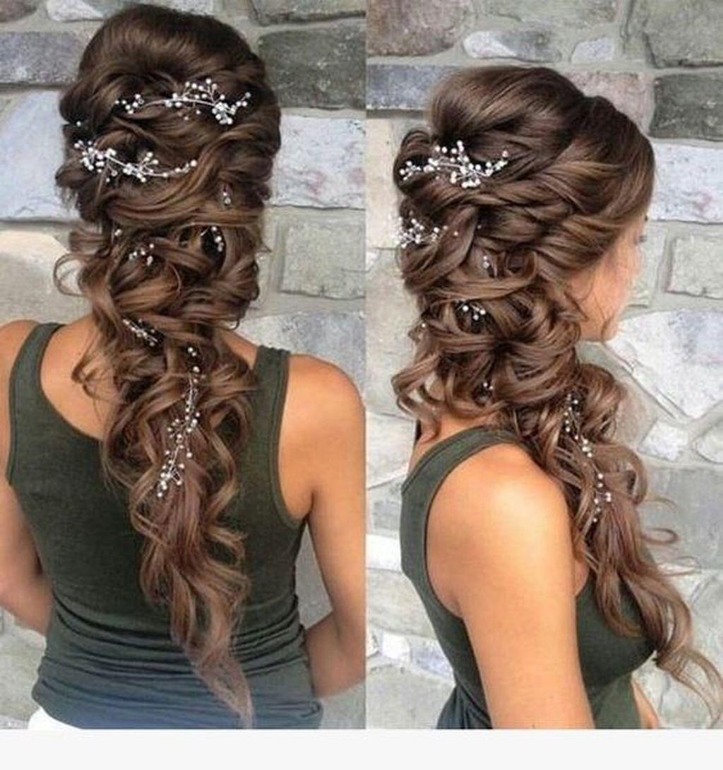 Latest Winter Hairstyle Ideas33