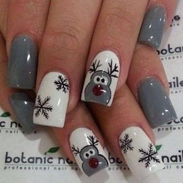 Modern Christmas Nails Ideas11