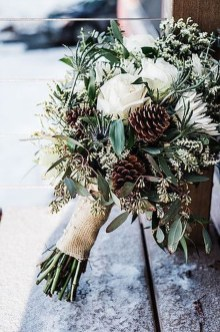 Modern Rustic Winter Wedding Flowers Ideas13