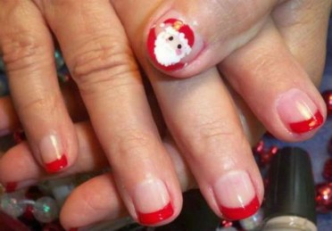 Outstanding Christmas Nail Art New 2017 Ideas15