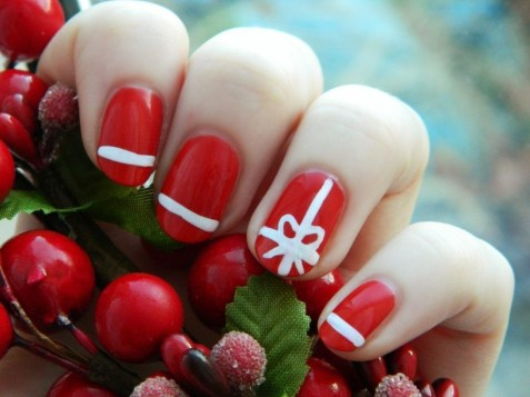 Outstanding Christmas Nail Art New 2017 Ideas27