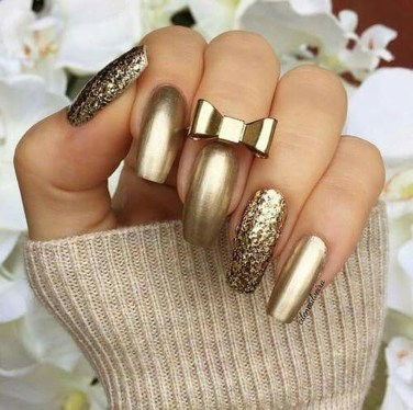 Outstanding Christmas Nail Art New 2017 Ideas28
