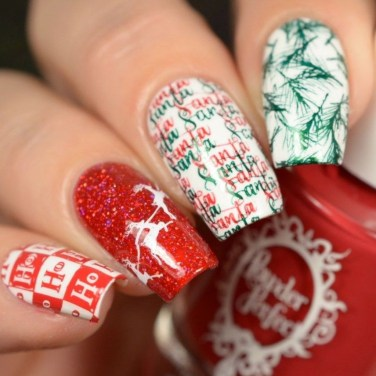 Outstanding Christmas Nail Art New 2017 Ideas29
