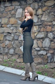 Affordable Winter Skirts Ideas With Tights12