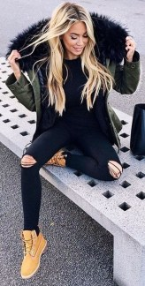 Awesome Winter Dress Outfits Ideas With Boots04