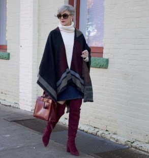 Stunning Winter Outfits Ideas With Skirts02
