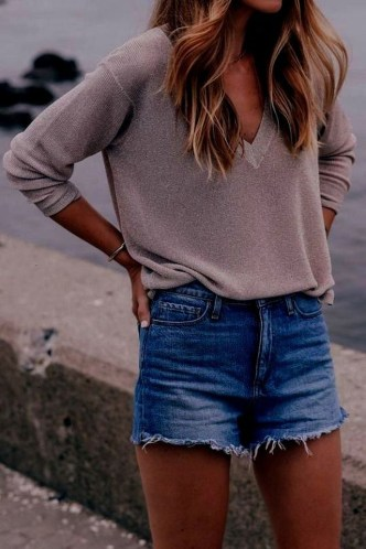 Captivating Spring Outfit Ideas18