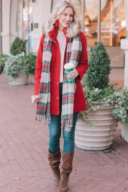 Impressive Holiday Outfits Ideas08