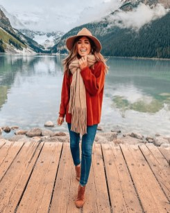 Impressive Holiday Outfits Ideas28