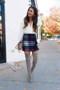 Impressive Holiday Outfits Ideas40