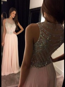 Inspiring Prom Outfits For Spring31