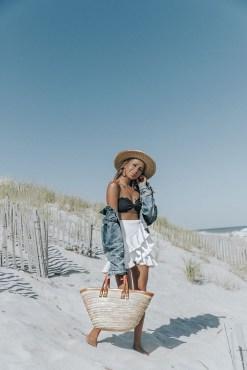 Stylish Fashion Beach Outfit Ideas16