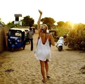 Stylish Fashion Beach Outfit Ideas37