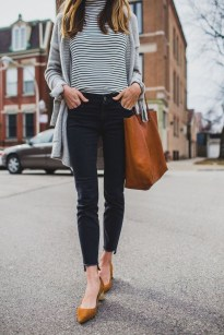 Attractive Spring Outfits Ideas32