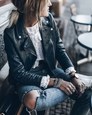 Attractive Spring Outfits Ideas35