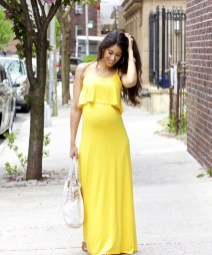 Gorgeous Maternity Wedding Outfits Ideas For Spring04