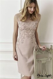 Gorgeous Maternity Wedding Outfits Ideas For Spring24