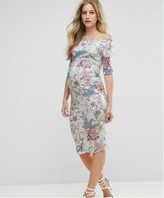 Gorgeous Maternity Wedding Outfits Ideas For Spring28
