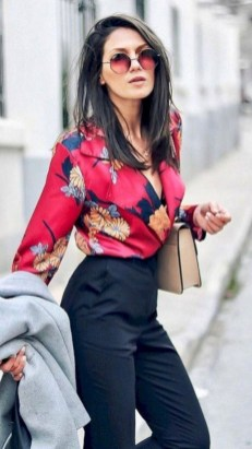 Latest Summer Outfit Ideas For Womens27
