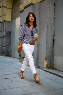Outstanding Outfit Ideas To Wear This Spring34