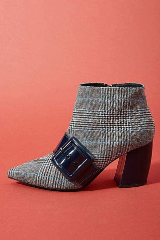 Best Ideas To Wear Wide Ankle Boots This Spring36