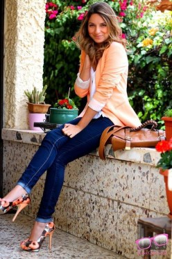 Charming Women Outfits Ideas For Spring And Summer26
