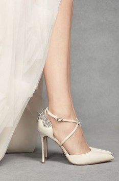 Lovely Wedding Shoe Ideas To Get Inspired22