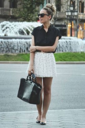Unordinary Retro Outfit Ideas For Girl32