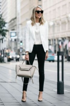 Attractive Business Work Outfits Ideas For Women 201928