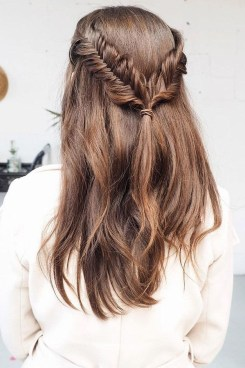 Fashionable Hairstyle Ideas For Summer Wedding Guest06