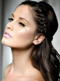 Fashionable Hairstyle Ideas For Summer Wedding Guest14