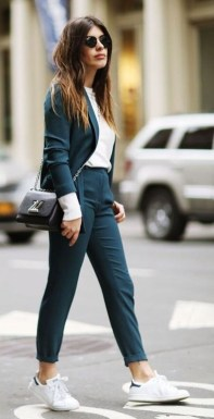 Fashionable Work Outfit Ideas To Try Now06
