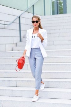 Flawless Outfit Ideas For Women11