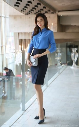 Stylish Outfits Ideas For Professional Women25
