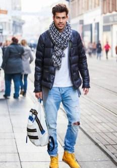 Elegant Winter Outfits Ideas For Men32