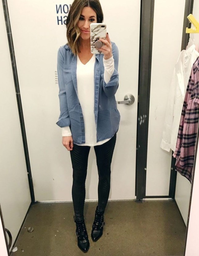 Fancy Work Outfits Ideas With Black Leggings To Copy Right Now37