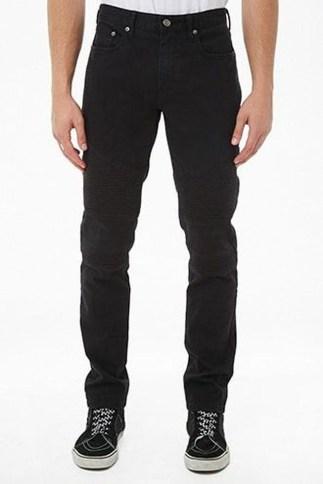 Flawless Men Black Jeans Ideas For Fall42
