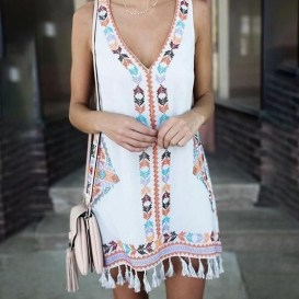 Modern Summer Outfits Ideas That You Can Try Nowadays36