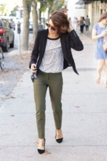 Unique Office Outfits Ideas For Career Women01