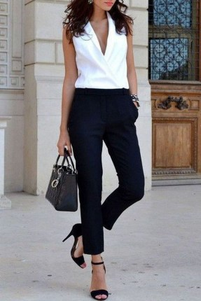 Attractive Spring And Summer Business Outfit Ideas For Women36
