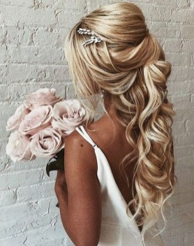 Elegant Wedding Hairstyle Ideas For Brides To Try34