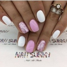 Fashionable Pink And White Nails Designs Ideas You Wish To Try30