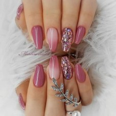 Fashionable Pink And White Nails Designs Ideas You Wish To Try31