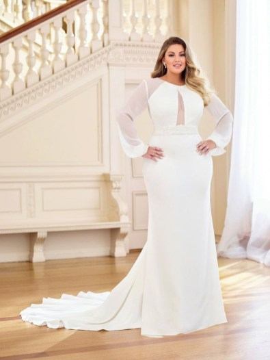 Impressive Wedding Dresses Ideas That Are Perfect For Curvy Brides34