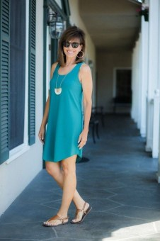 Inspiring Spring And Summer Outfits Ideas For Women Over 4001