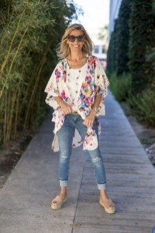 Inspiring Spring And Summer Outfits Ideas For Women Over 4010
