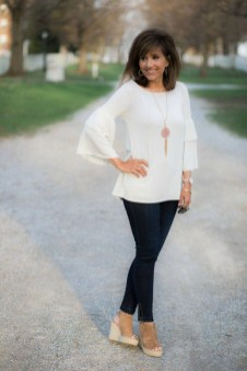 Inspiring Spring And Summer Outfits Ideas For Women Over 4012